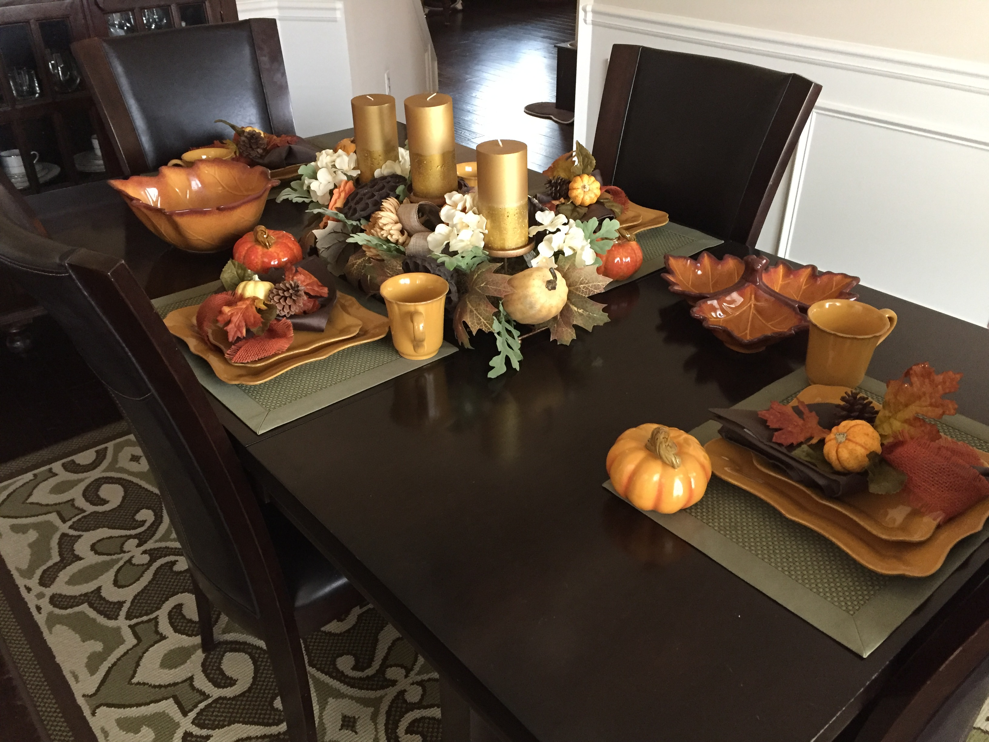 tangeroutlets_thanksgiving-table