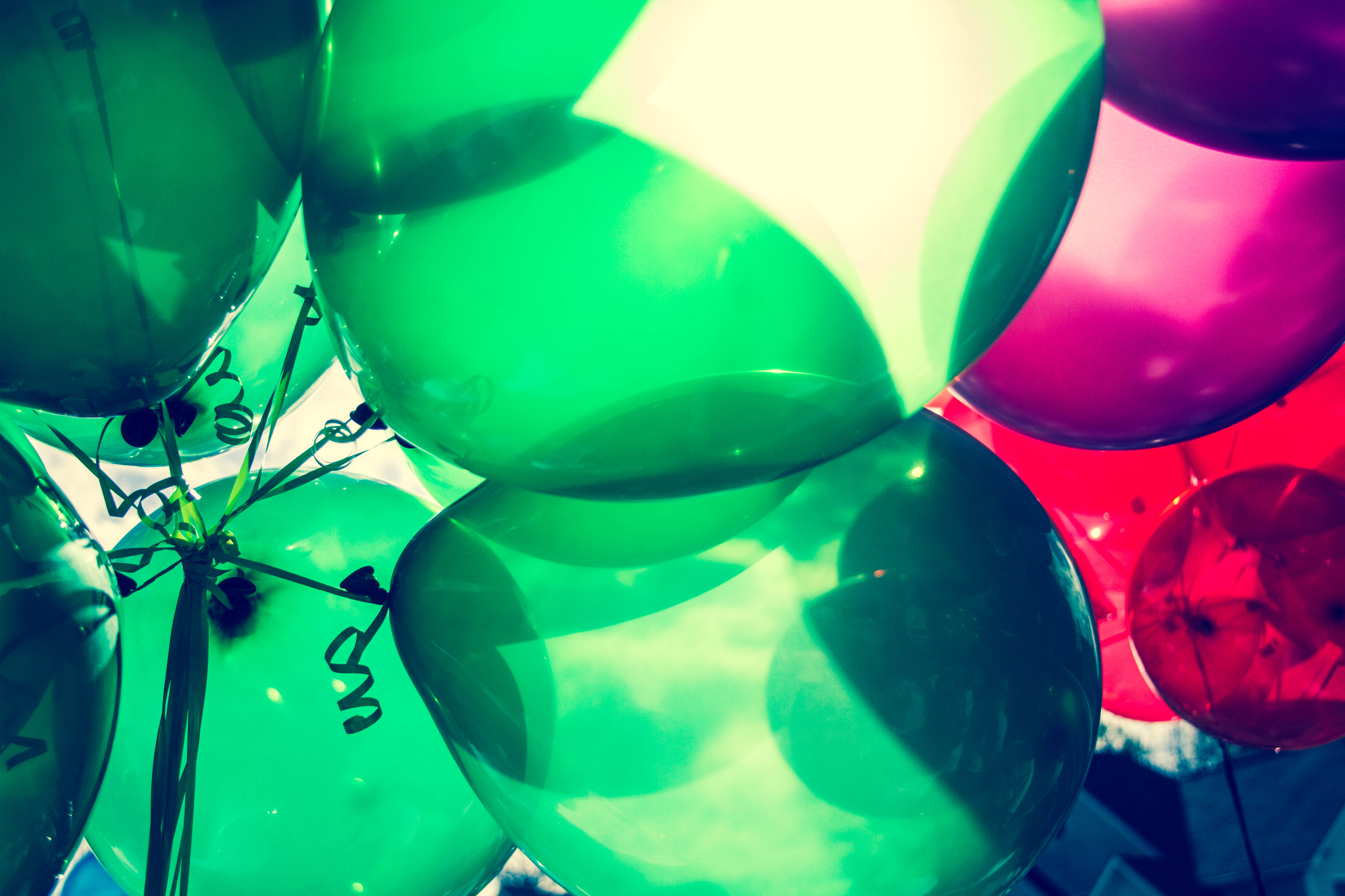 Tanger Outlets balloons
