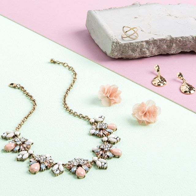 Tanger Outlets francesca's statement necklace