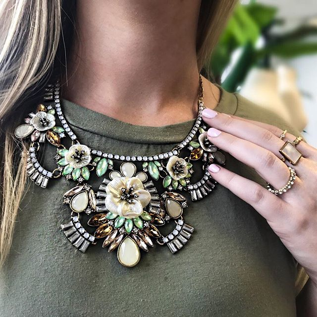 Tanger Outlets Charming Charlie floral statement necklace