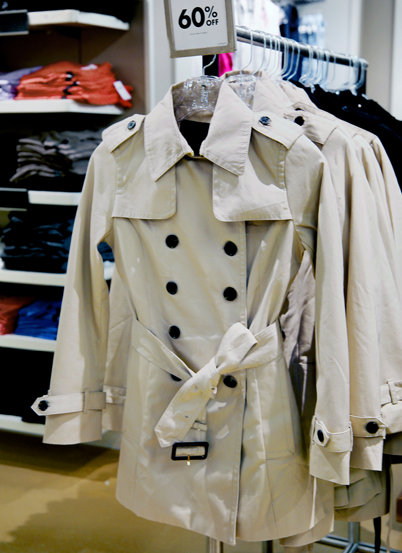 Tanger Outlets Banana Republic Factory Store khaki trench coat