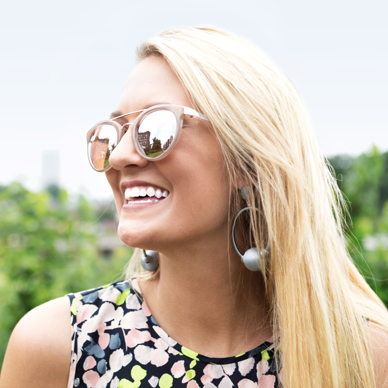 tanger outlets express blush sunglasses