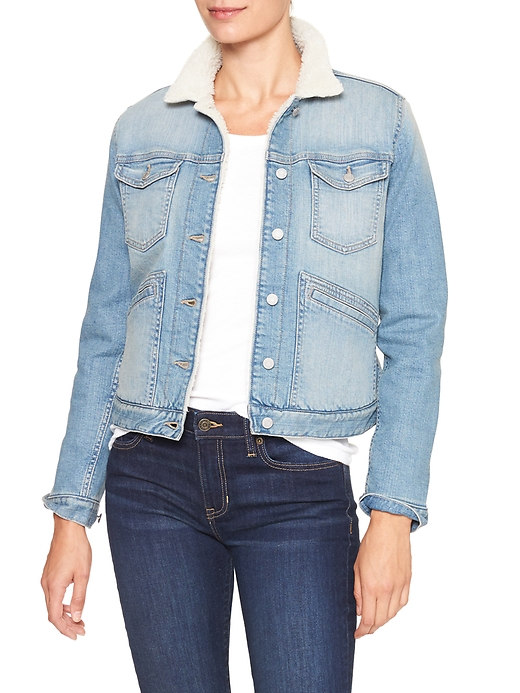 tanger outlets guess light wash denim jacket