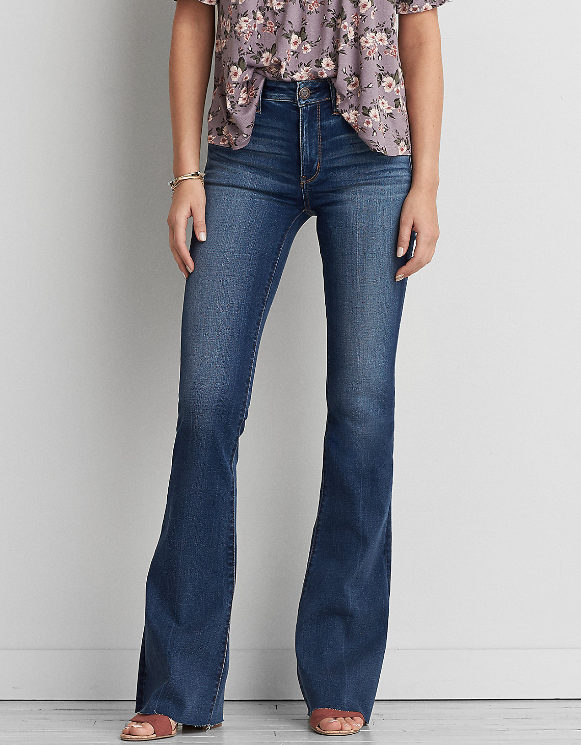 tanger outlets american eagle dark wash flare jeans