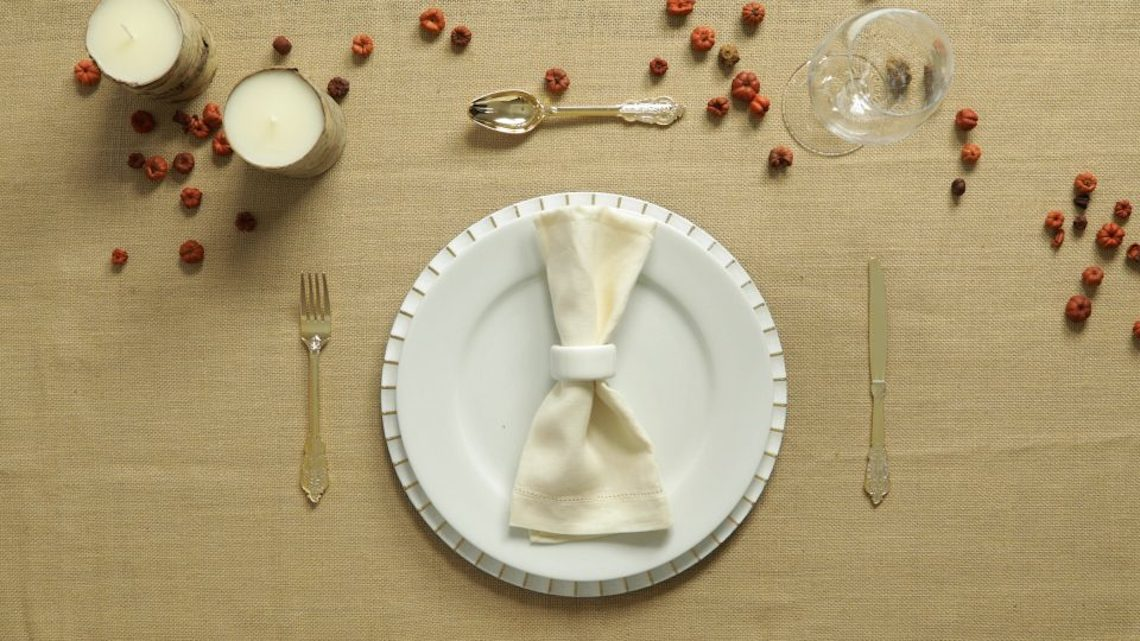 3 Thanksgiving Tablescapes Perfect for Holiday Entertaining
