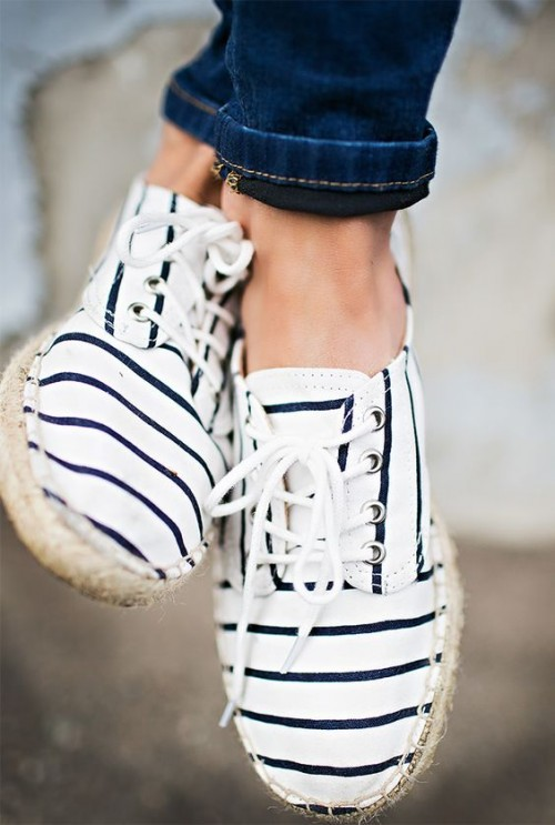 Tanger Outlet_Striped Shoes