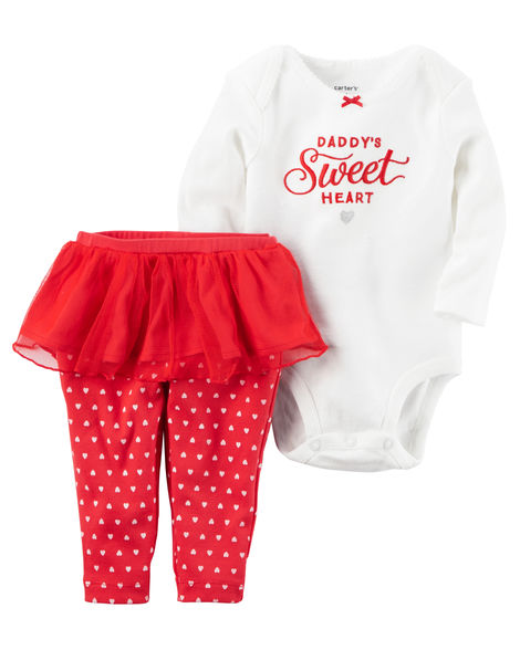 Tanger Outlets Carter's babies and kids valentines day outfit