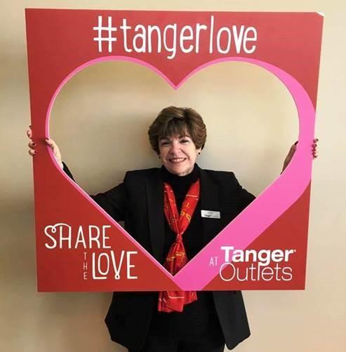 Tanger Outlets #TangerHero Amy Foy