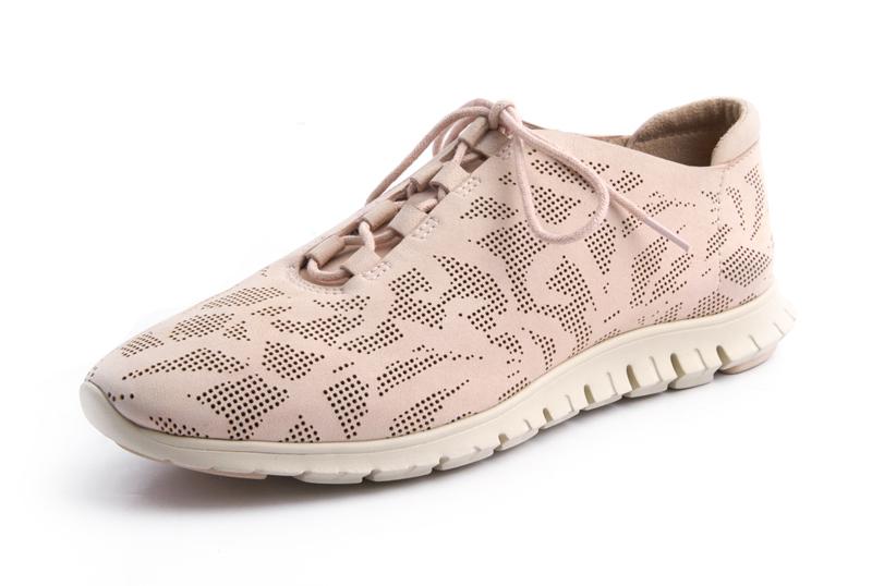 Tanger Outlets Zero Gravity shoe