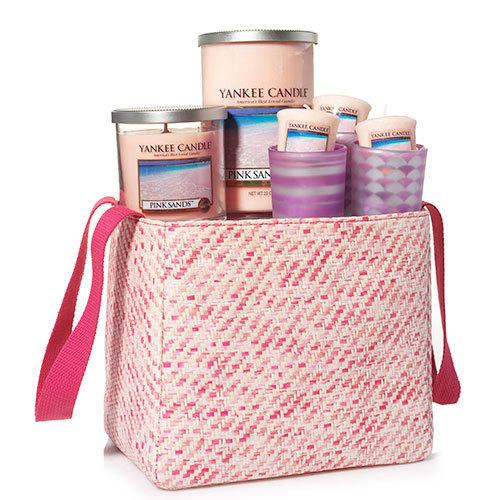 Tanger Outlets Yankee Candle gift set