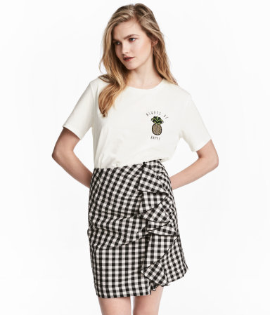 Tanger Outlets H&M gingham ruffle skirt