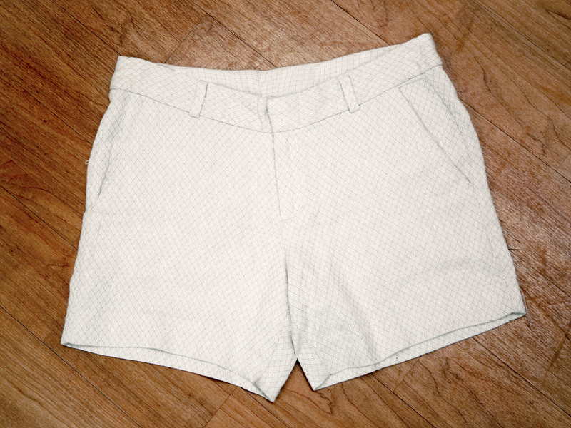 Tanger Outlets Banana Republic Factory Store khaki shorts