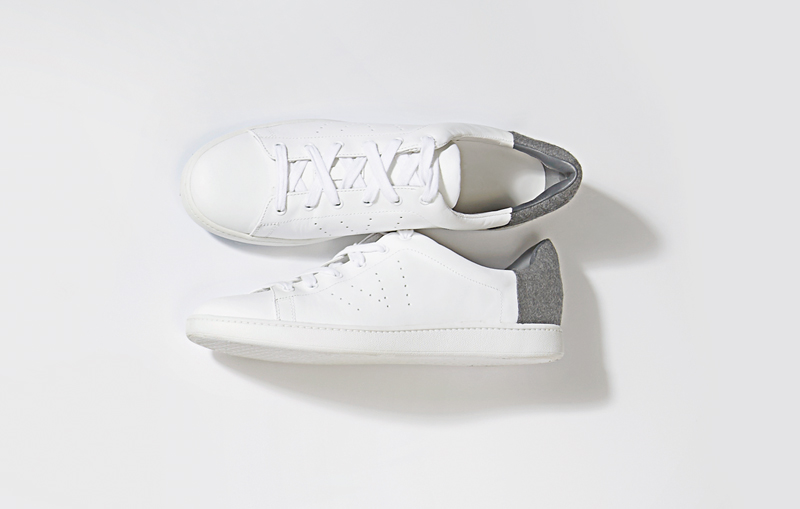 Tanger Outlets Saks OFF 5th Vince white sneaker