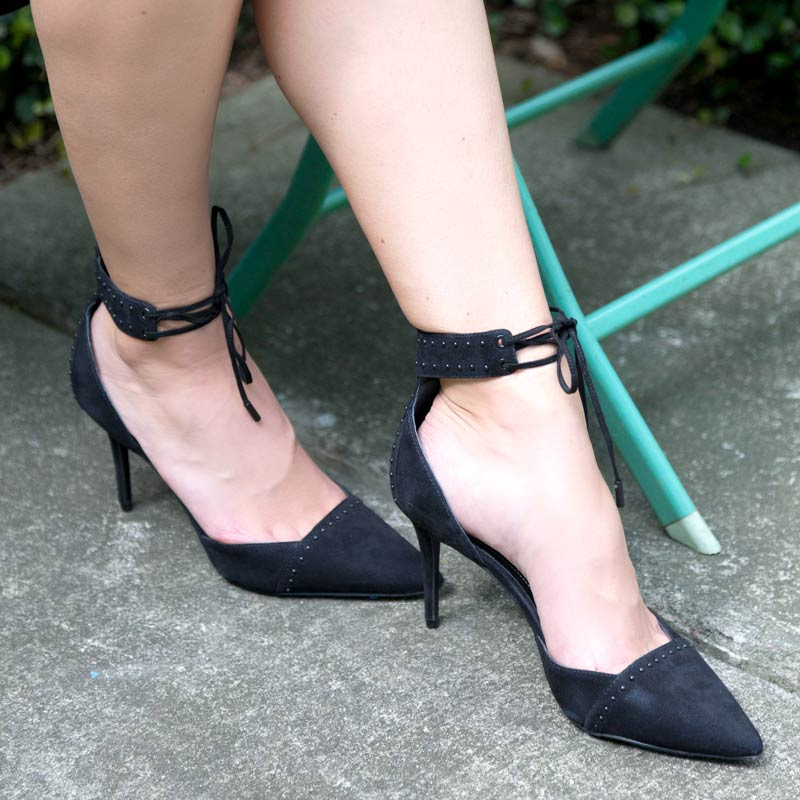 tangr outlets saks off fifth black suede pointed heels